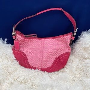 Small pink coach bag in great shape